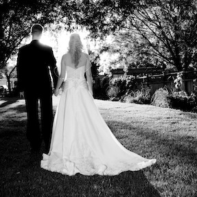 photography-charlotte-nc-bw-couple-faceaway-287